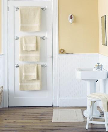 A Rub Down on Towel Storage