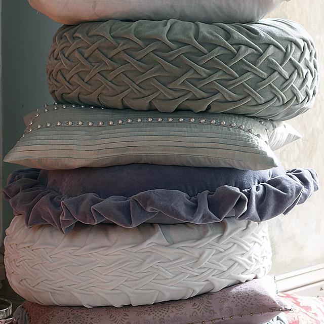 Smocked Pillow Patterns – Sheila Zeller Interiors