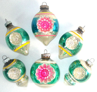 source - Vintage Glass Christmas Ornaments