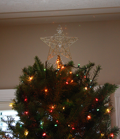 Caught in a Pinch: Revamping a Tree Topper