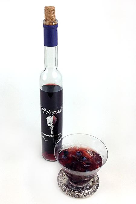 Silversides Blueberry Dessert Wine (1)