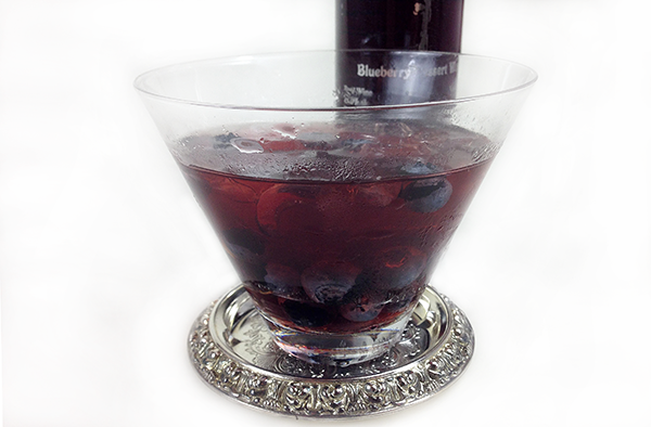 Silversides Blueberry Dessert Wine (2)