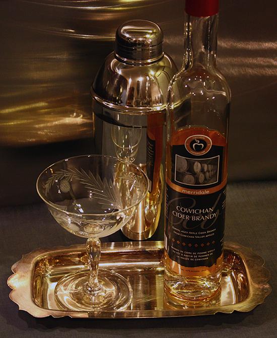 Cobbler Cocktail Shaker - Audrey Would
