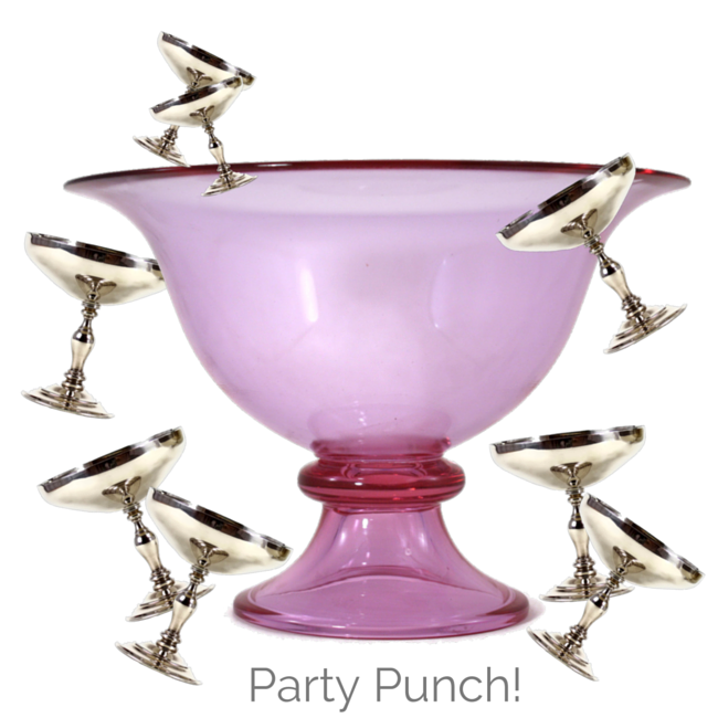 A 1940s vintage punch bowl in pretty purple. Made of blown glass and perfect for a special gathering of friends!
